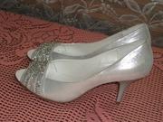 продам туфли новые 39 размер