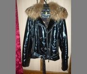 Продам женские куртки, обувь, шапки и костюм