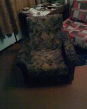 Продам 2 кресла на колёсиках б/у в хорошем состоянии