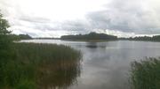 Участок с фундаментом на берегу озера