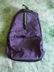Симпатичный фиолетовый рюкзак