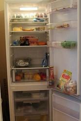 Холодильник/морозильник неисправный (без фреона) ищу не старше 19 лет